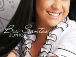 cantora Bia Santos